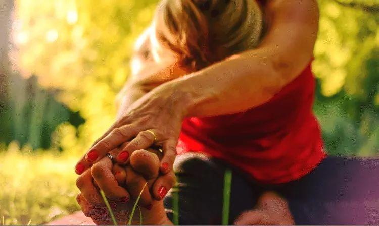 HEALING EMOTIONS AND TEETH GRINDING WITH YOGA   https://m.facebook.com/story.php?story_fbid=743389886088613&id=263067027454237  …  #massage  #wellness  #healingcrystals  #nature  #psychic  #healer  #aura  #spiritualawakening  #crystal  #aromaterapia  #reikienergy  #thetahealing  #bienestar  #inspiration  #terapia  #meditacion  #terapiaholistica