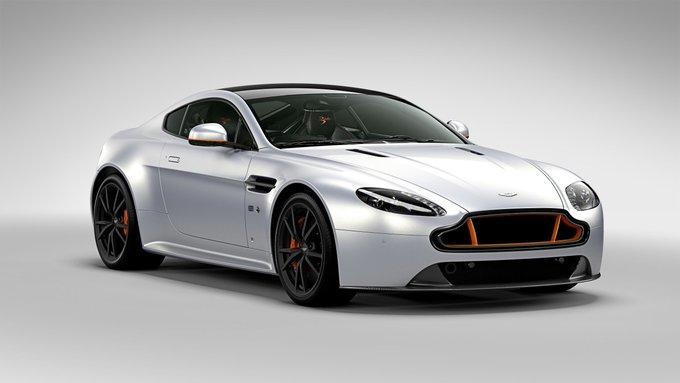 Aston Martin Vantage S Blades…