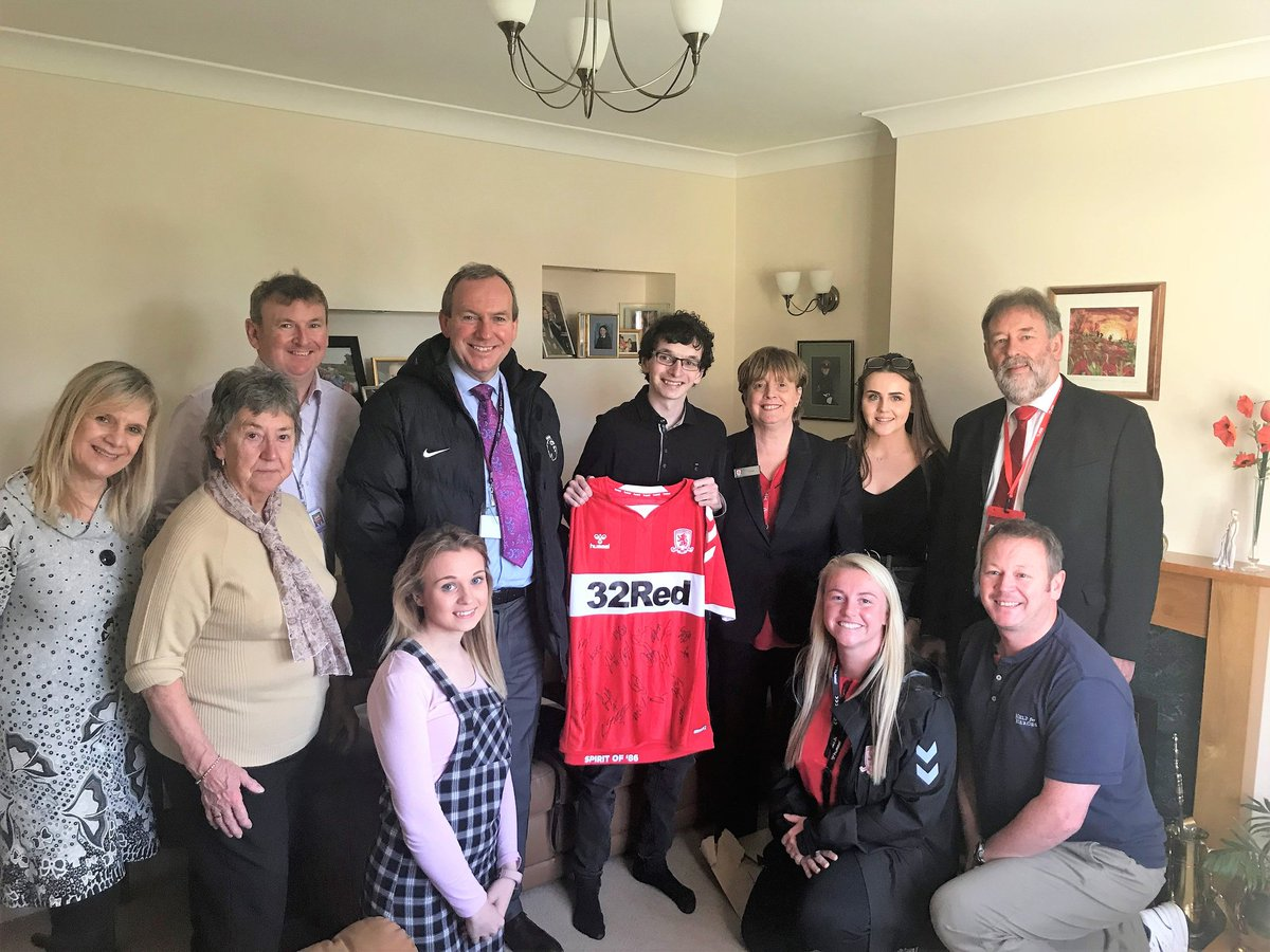 Memories from last year #WorldKindnessDay 2018 - Robert getting a signed shirt and an invite from @Boro to visit the MFC training  facility and meet the players. RIP Robert #NeverForgotten