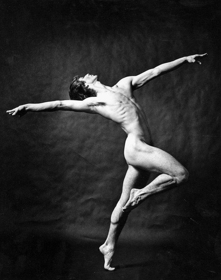 Clip dancer male nude video