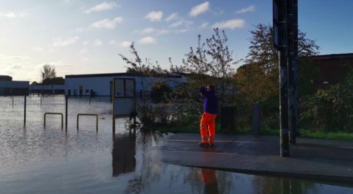 Reading enterprise raises £12k after 100k books ruined in Doncaster floods: