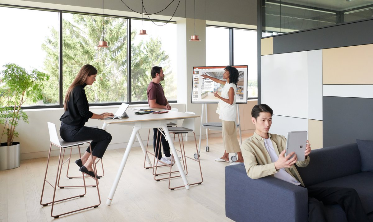 The workplace is changing!🔃#WorkReworked  New research reveals a surprising link between the workplace & business success: https://news.microsoft.com/europe/features/new-research-reveals-a-surprising-link-between-the-workplace-and-business-success/…