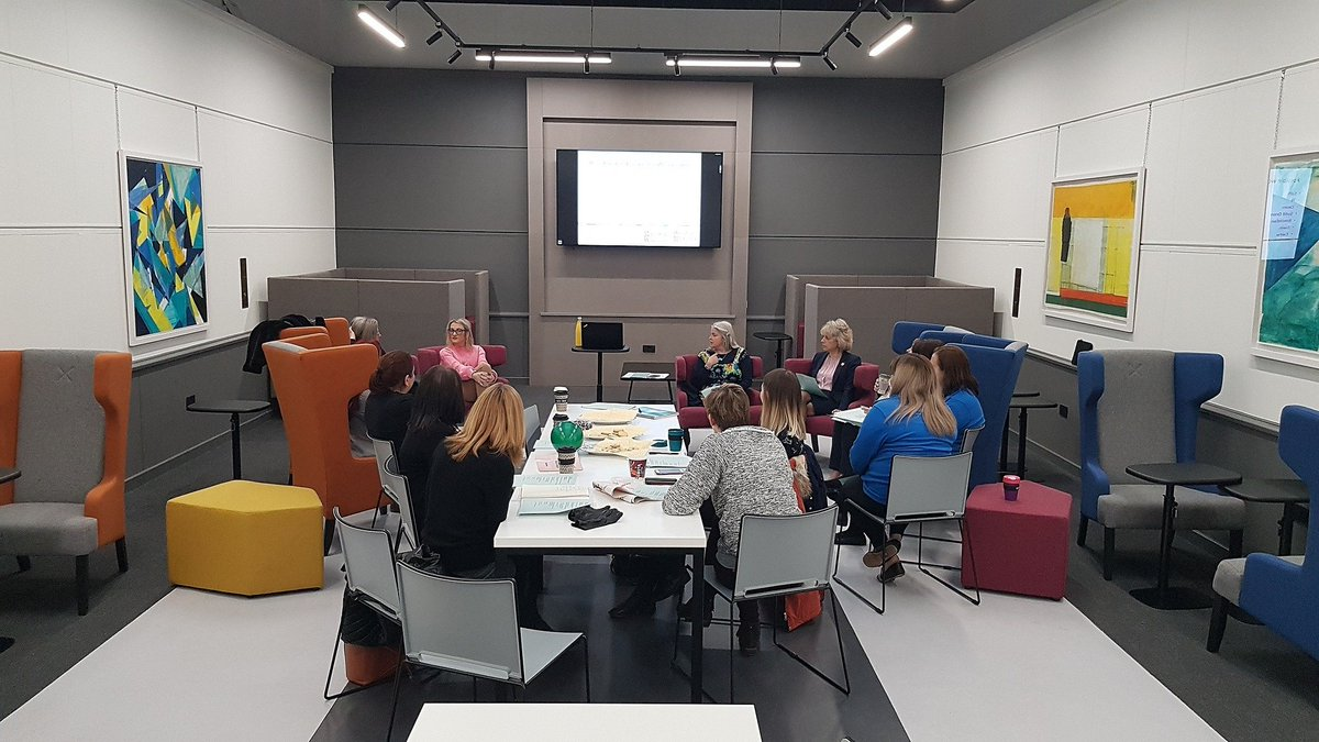 Wrexham Glyndŵr Universitys Coffi a Chlonc group is growing all the time. A great opportunity for fluent Welsh speakers and learners of all levels to support each other over a ☕ #mywgu #wrexham #cymraeg #learning
