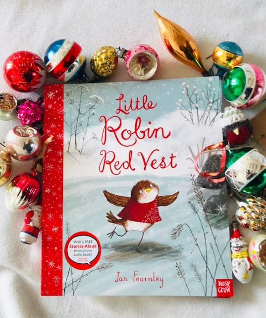 #GiveawayAlert #Christmas So to celebrate 20 years of #LittleRobinRedVest @NosyCrow I am giving away 5 signed copies! With a little something drawn just for you! Please like, follow and retweet to grab one! Winners chosen at random, end 21st Nov. Good luck!<br>http://pic.twitter.com/vDW2W3YAGB
