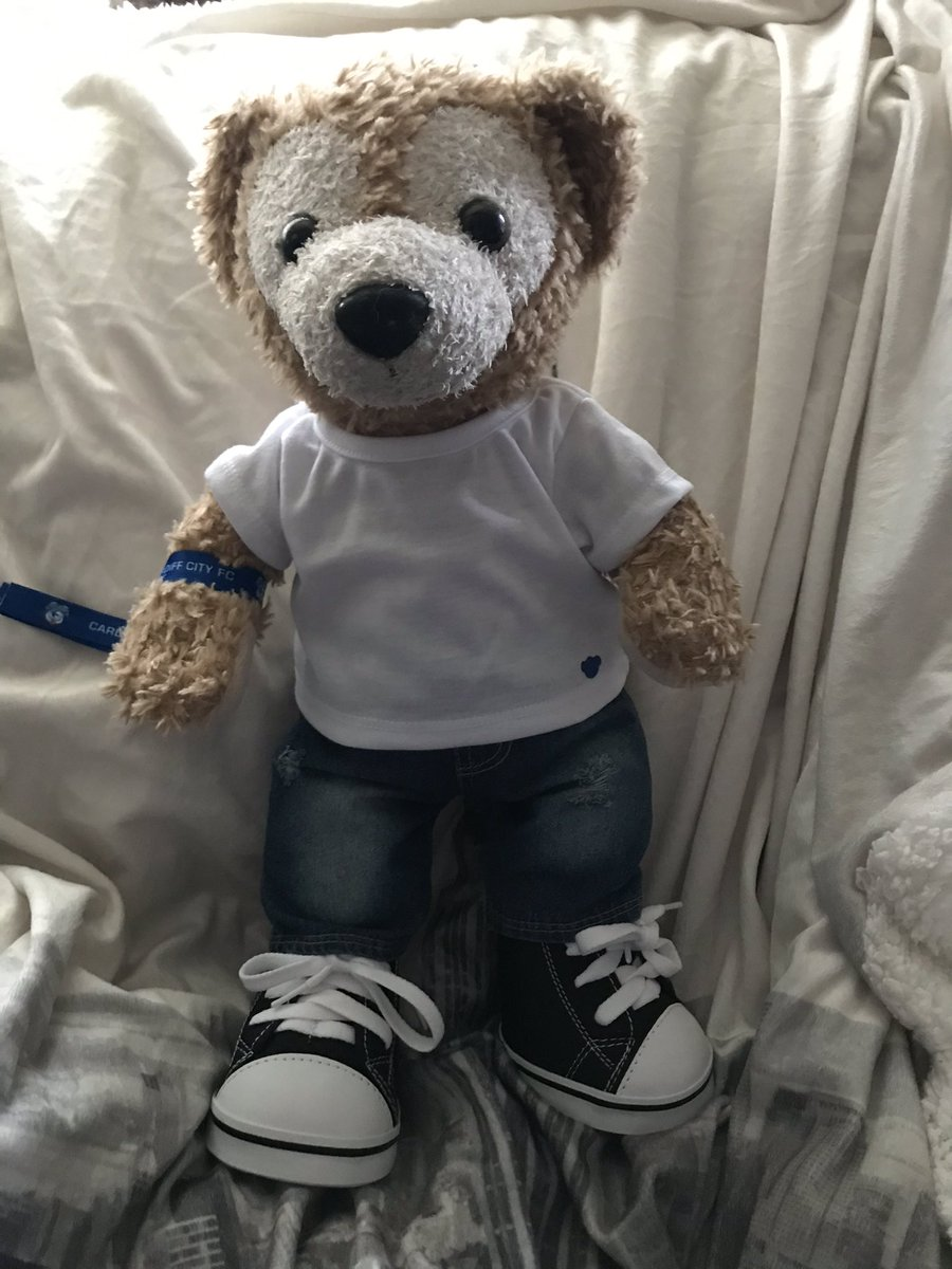 Duffy's got a new outfit. Reminds me of a certain footballer's outfit. #duffythedisneybear