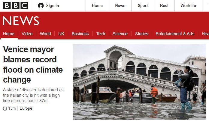 #Venezia L'acqua alta invade le pagine dei media i...