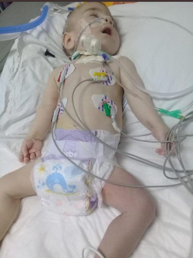 Türkiye halkı bu insanı çağrıdır @SakaryaValiligi'nin verdiği izinli bağış kampanyası Yusuf bebek hayata tutunsun diye sizden bir saniyelik vakit istiyoruz 1 rt edin Bir hayat kurtarın Ziraat Bankası Hsp adı:Ece YAĞLIOĞLU TR2200 0100 2116 7949 8402 5006