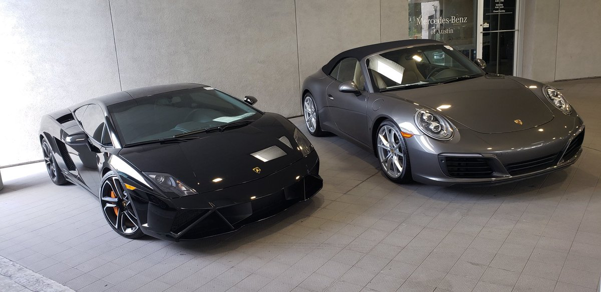 Gallardo or the Porsche ??? <br>http://pic.twitter.com/e7CjfkkCr4