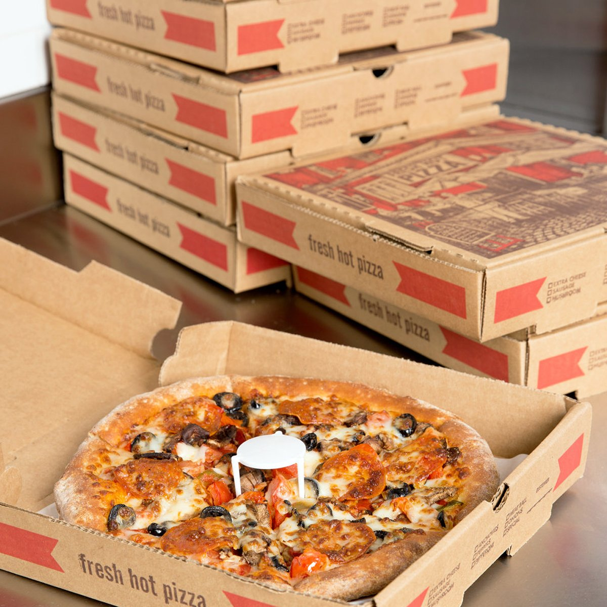 At the best packaging firm, the RSF Packaging, we ask you to join your hands to feel the best appearances, variety, and quality of pizza boxes.  https://bit.ly/370QOD7 #CustomPizzaBoxes #PizzaBoxes #PizzaBoxesWholesale #WholesalePizzaBoxepic.twitter.com/alT1IWSl5u