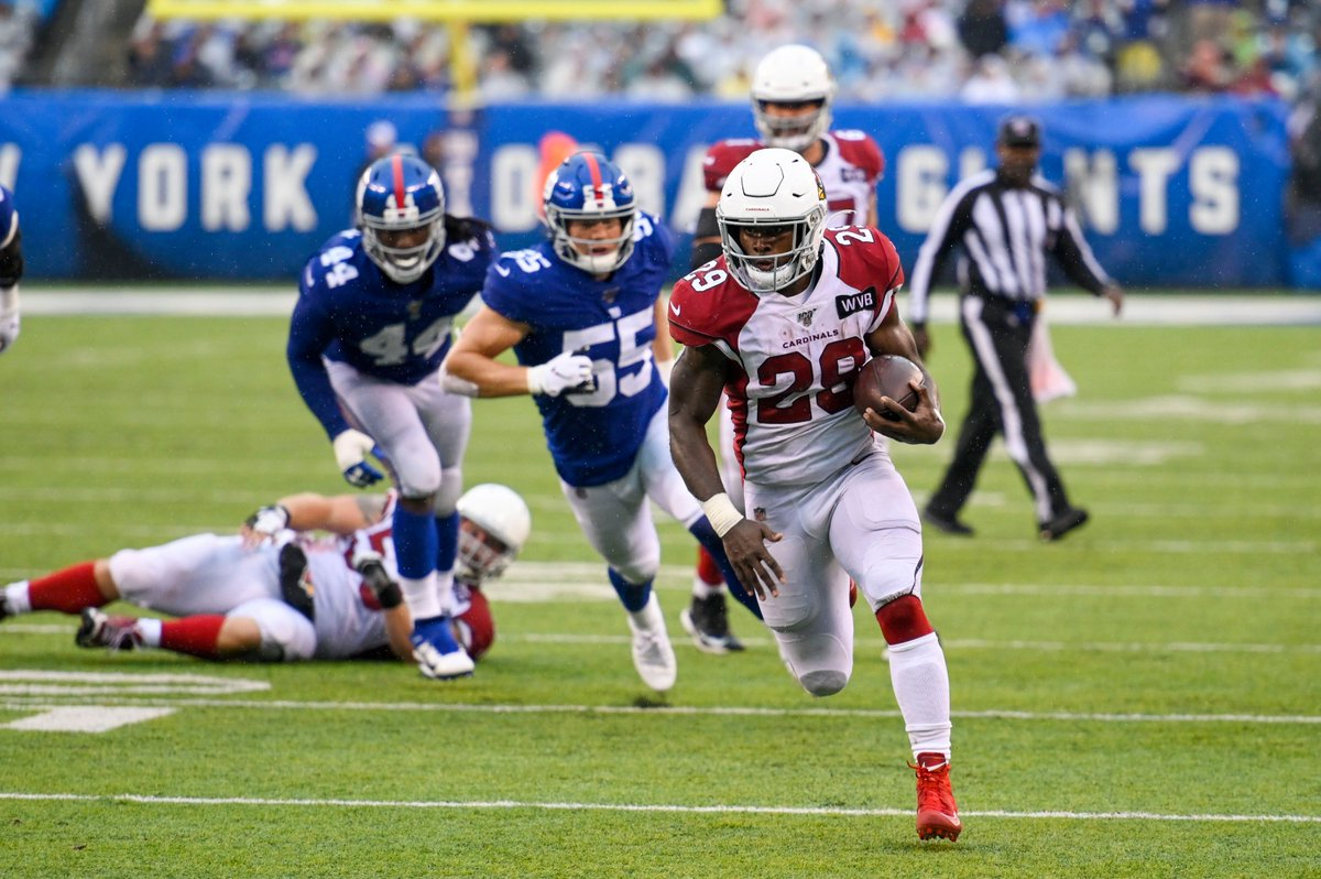 This Friday November 15 #BirdGang can meet @ChaseEdmonds22 for autographs & pictures at the Free Agent Sports store inside Paradise Valley Mall from 7pm - 8pm. #AZCardinals #RedSea #ArizonaCardinals