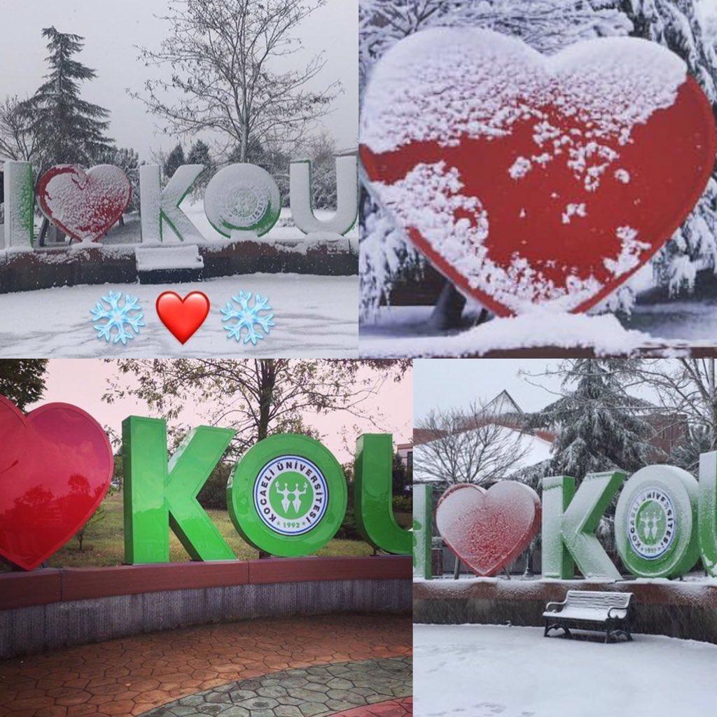 I love you Umuttepe and KOÜ❤️ Özellikle kar ❄️ yağınca Umuttepe'nin kalbi çok güzel olmuş😍💖💕💜💙💚☃️❄️ Umuttepe'nin manzarası😍💙😍 Allah'ın dağına yapmışlar okulu😂😂#kampüs #üniversite #umuttepe #umuttepeüniversitesi #manzara #kartepe #ağaç #kar #kış #kalp #love #ıloveyou