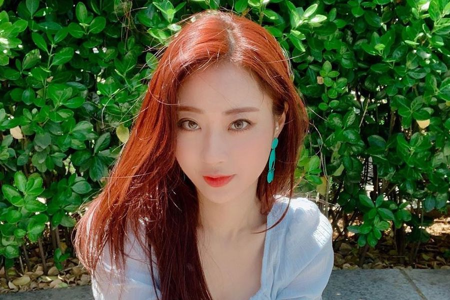 #Kyungri Writes To Fans After News Of Relationship With #JeongJinwoon soompi.com/article/136545…