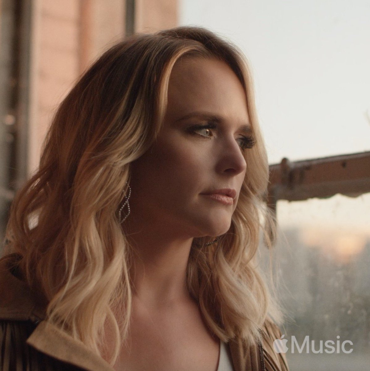 """I believe in being honest in my music, because it's my job to say """"here's my story, hope y'all have one similar."""" Watch the full #Wildcard short film exclusively on @AppleMusic here: http://apple.co/Miranda"""