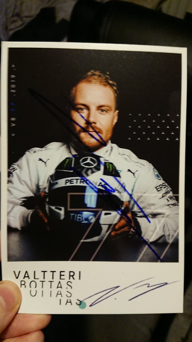 @glenndovey @Jmiragliotta89 @MercedesAMGF1 This is the one I have, both printed signature at bottom and a real hand signature over the picture. Having these little things like this may seem pointless to many. But for us fans, it's something of a visceral thing, we just want to live vicariously through the drivers. https://t.co/1ZoxemmccT