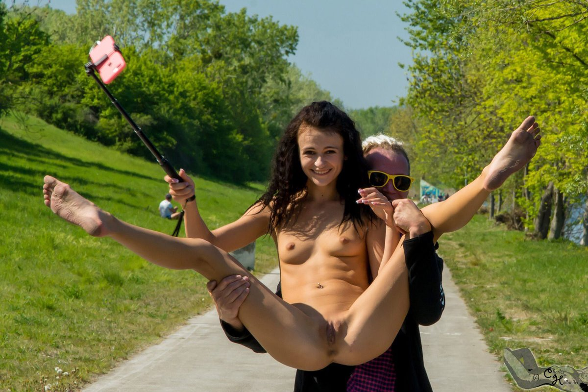 The naked hiking day guide
