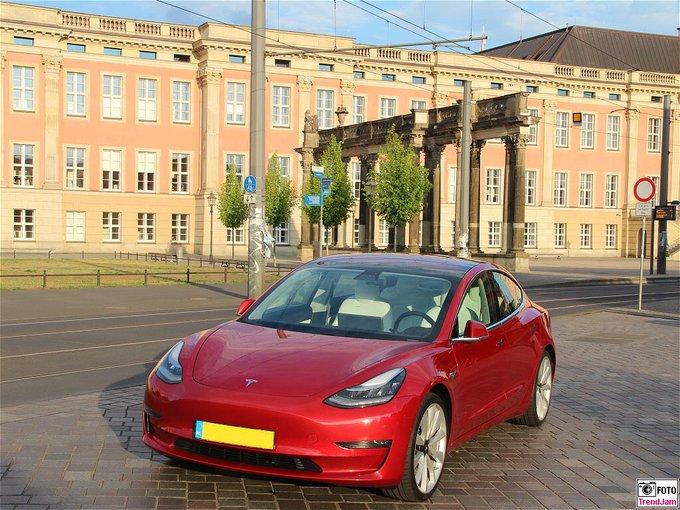 Was ist der Tesla Model3 für ein Auto? Hier der Testber