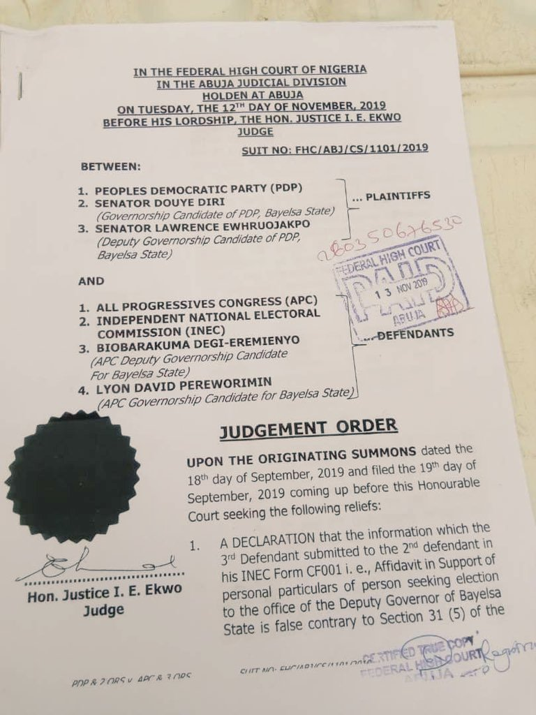 FLASH: Federal High Court bars @OfficialAPCNg from Fielding Candidates in Bayelsa Guber Elections on Saturday <br>http://pic.twitter.com/GcEnXsj4xY
