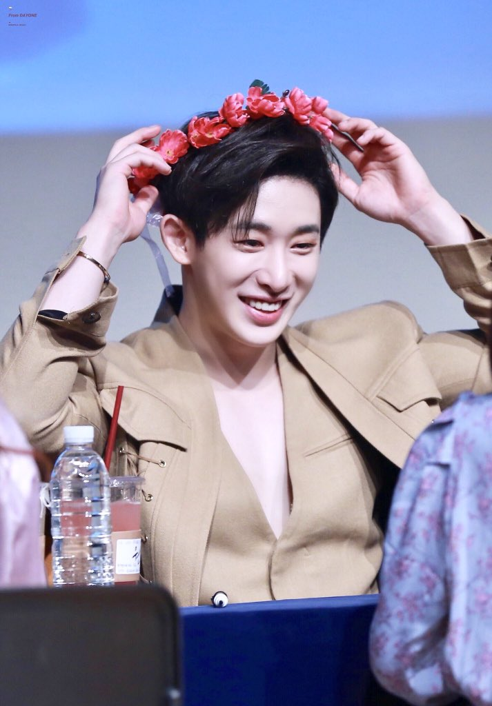 Wonho you gave me so much strength in my times of need. When i was so low you made me so happy and distracted me even just a little from what was making me upset. I love you so so much. I hope you are taking care of yourself♡ #ChangeForWonho  #WonhoCantBeErased