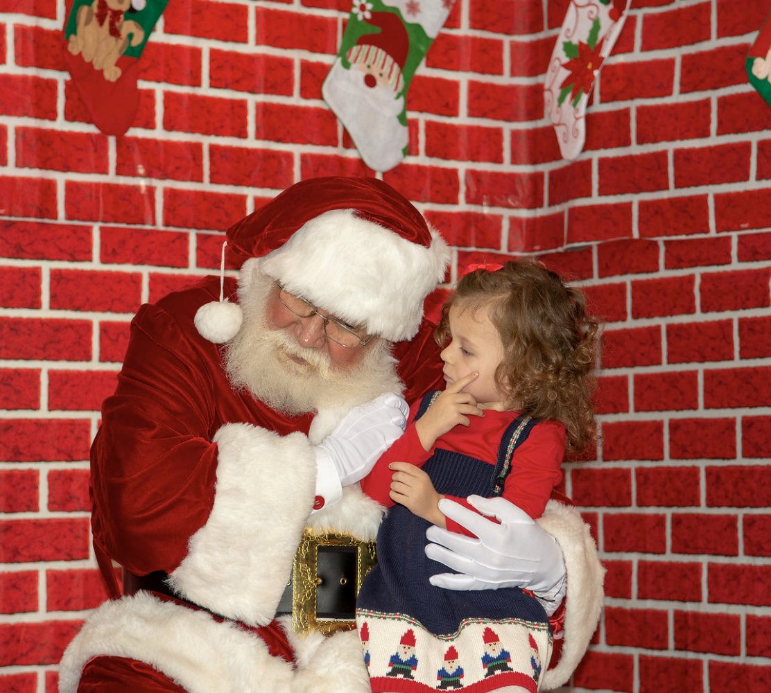 #tbt  to Santas last visit to Northcenter! The Big Man will be at @shopcoles  to hear all your holiday wishes on November 30th, #SmallBizSat !   Sign up for your photos today!   9 am:  http://www.northcenterchamber.com/events/details/north-pole-in-northcenter-2019-9-a-m-photo-appointment-13661  …  10 am:  http://www.northcenterchamber.com/events/details/north-pole-in-northcenter-2019-9-a-m-photo-appointment-13661  …  11 am:  http://www.northcenterchamber.com/events/details/north-pole-in-northcenter-2019-9-a-m-photo-appointment-13661  …