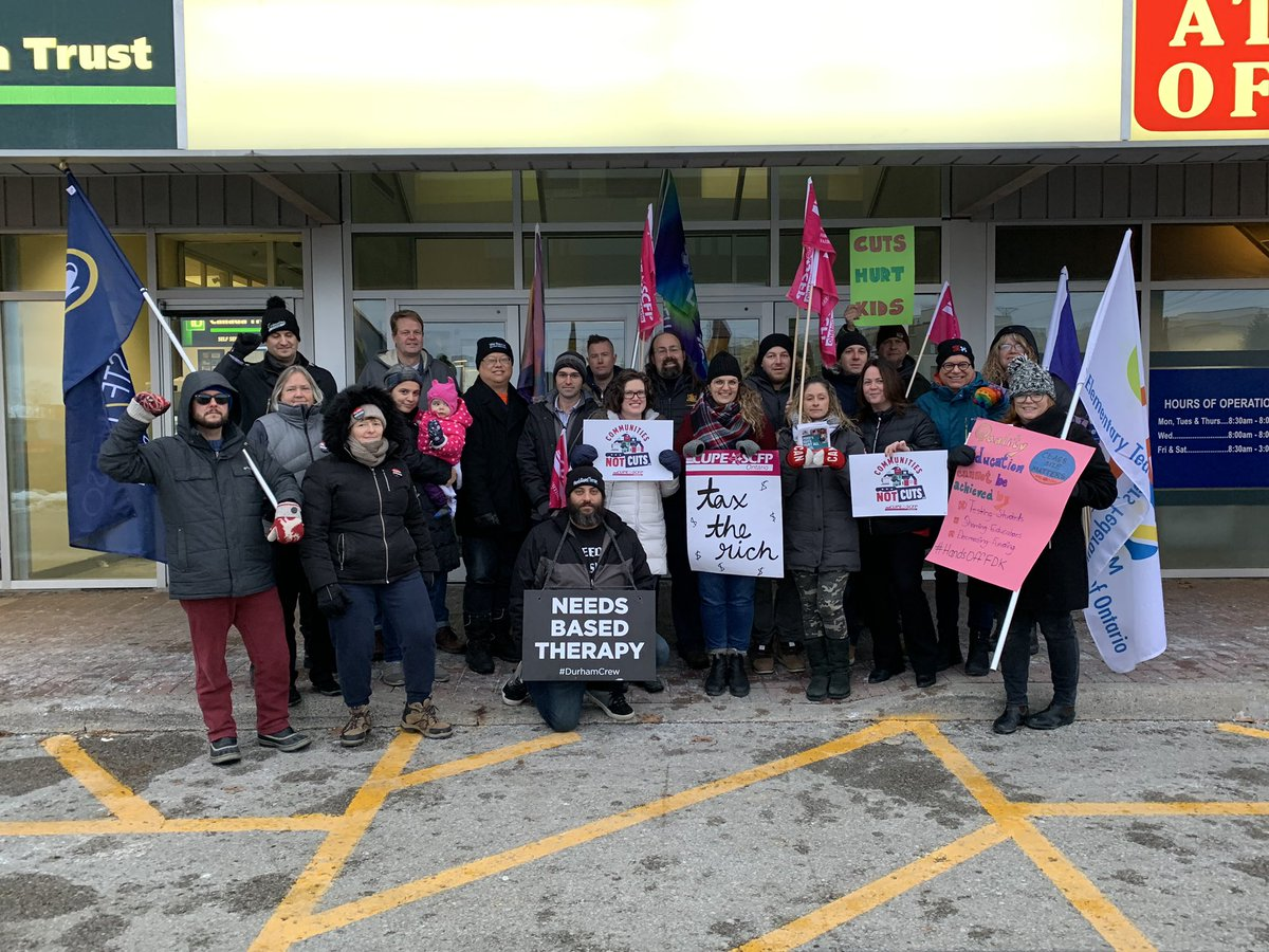 Proud to stand with these activists today to tell MPP Peter Bethlenfalvy to support #communitiesnotcuts