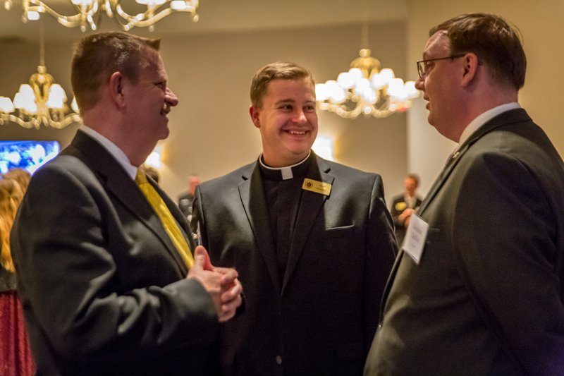 Convivium 2019 was a great success! Thank you to all who attended and supported our seminarians. #catholicstl #thinkingpriesthood pic.twitter.com/D0fWGTz01S