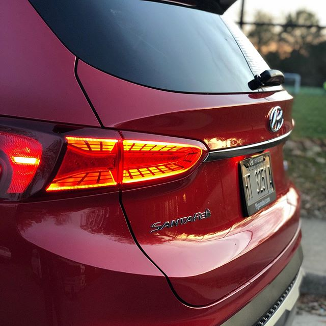 Looking for a new SUV that is slightly larger than a RAV4 or CR-V but not quite as big as the Passport or Grand Cherokee? The #HyundaiSantaFe fits that description perfectly. For 2020, hyundaiusa adds the same blind spot cameras first introduced on the new 2020 Palisade. Total p
