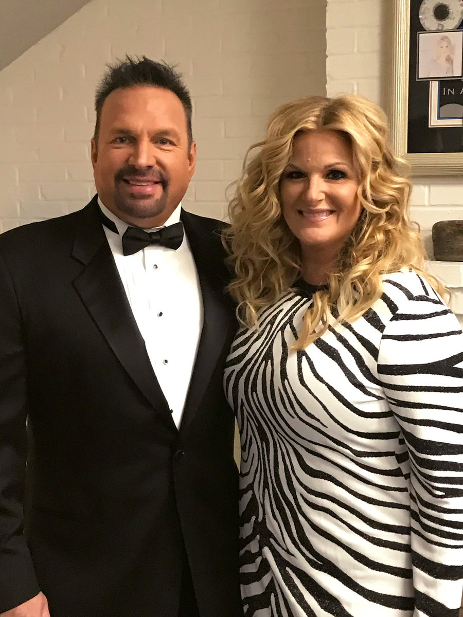 Trisha Yearwood On Twitter Heading To Red Carpet Cmaawards