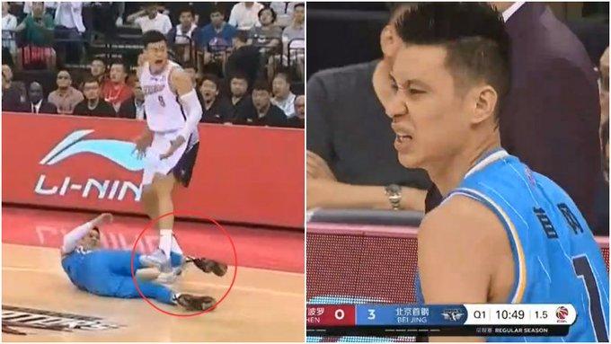 【影片】差點被廢!對手兇狠「重腳」二連擊林書豪,後者被踩到手臂疼得齜牙咧嘴!