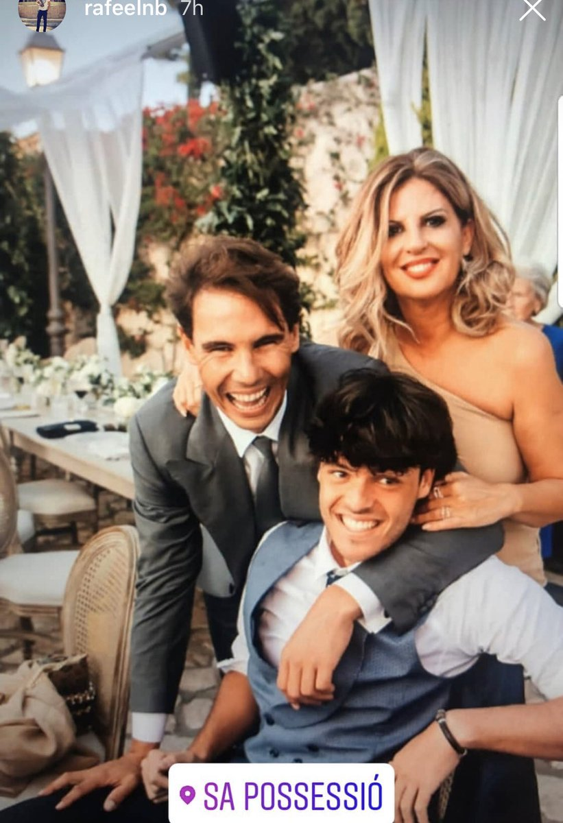 Clairekang On Twitter Rafael Nadal Taking Photo With Cousin Rafael Nadal Son Of Uncle Rafael Nadal And Auntie Maria Wife Of Uncle Rafael Nadal Mother Of Cousin Rafael Nadal Nice Suit This Wedding