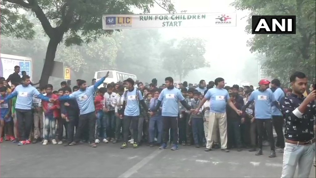 Delhi: A 'Run for Children' was flagged off in the national capital earlier this morning.