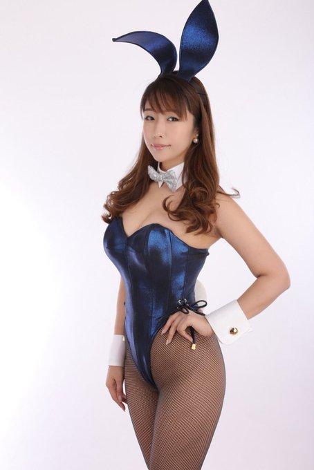 バニーガールの渋谷さんのTwitter自撮りエロ画像11