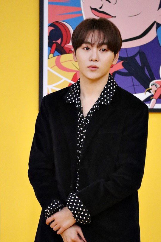 SEVENTEEN Seungkwan officially confimed as new fixed MCs (casts) line-up of JTBC variety show '괴팍한 5형제 (Five Brothers)' joining fixed casts G.O.D Park Joonhyung, Seo Janghoon, Kim Jongkook, and UP10TION Lee Jinhyuk   https:// entertain.naver.com/now/read?oid=6 09&aid=0000203097  … <br>http://pic.twitter.com/LcvPvfKZ4X