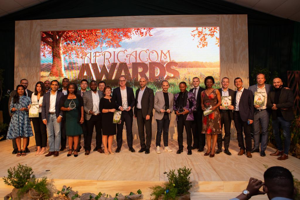 Congratulations to all the winners at yesterdays #AfricaComAwards! We had a great evening hosted by the legendary @BryanHabana and featuring @Stellarated, winner of the Government Leadership Award