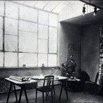 NU TE ZIEN | Dat Stijl-voorman #TheovanDoesburg ook in Drachten zijn sporen heeft nagelaten is bekend. Vanwege 100 jaar Bauhaus toont @museumdr8888 nu de invloed van Drachten op Bauhaus, verder lezen: info:https://t.co/BX2bwPkJIZ