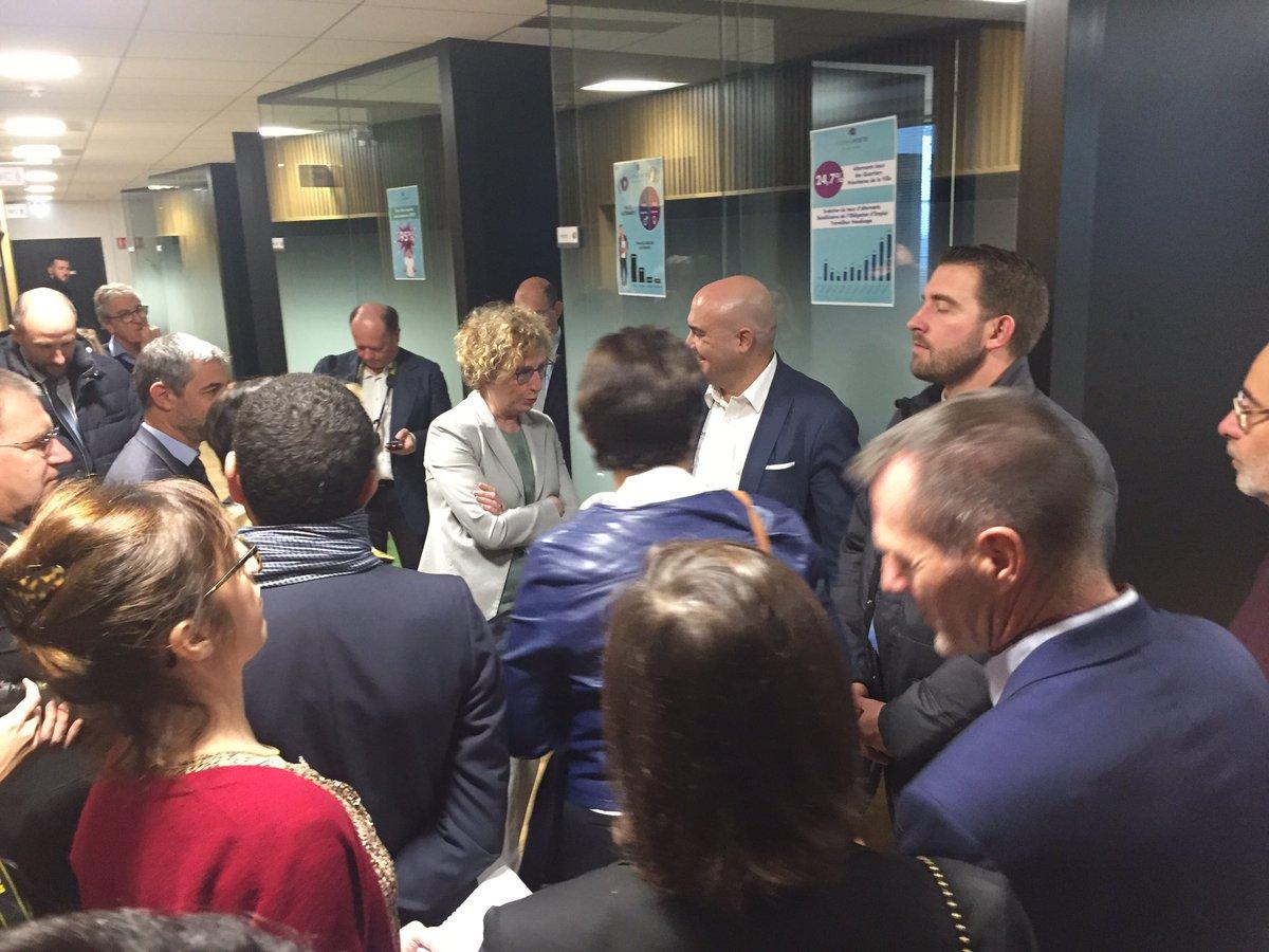 👉Grand jour pour le CFA du @GroupeLaPoste ! en présence de Mme la ministre du travail @murielpenicaud , Pascal Picault Directeur du #CFA présente les nouveaux locaux de #FormaPoste #IDF à Saint-Denis ! https://t.co/kRAGOuqxBB