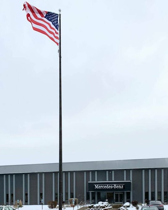 @CarolStream #MercedesBenzPlant Salvage Rebuild 60' #Bronze #Internal #Flagpole or remove & replace? Up top #MercedesStar @100 Mercedes Drive https://t.co/eRiA0gjaT8 https://t.co/ayfaTerOE7