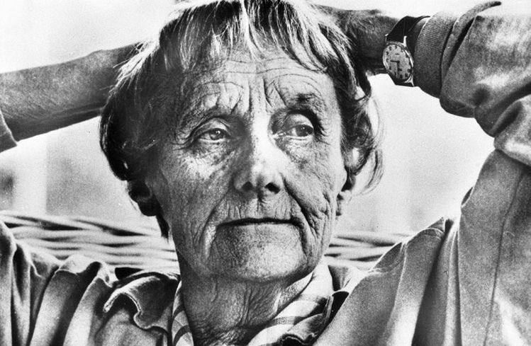"""""""A childhood without books – that would be no childhood. That would be like being shut out from the enchanted place where you can go and find the rarest kind of joy.""""Astrid Lindgren#BOTD"""