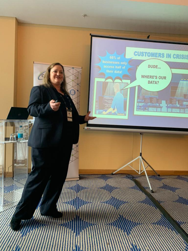 Tamara from @Commvault is telling the #CMSPartnerForum about the crisis in #DataManagement<br>http://pic.twitter.com/F81zcBnaLt