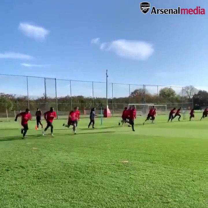 📍 Arsenal Training CentreIt may be the international break...But the work goes on at Colney 🏃♂️