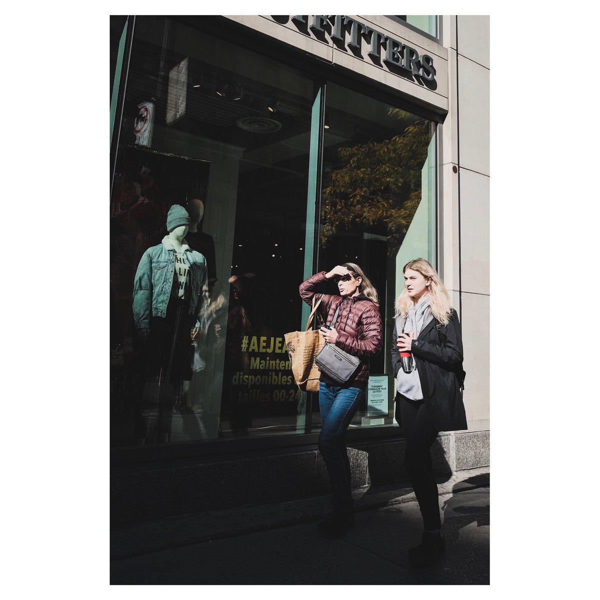 [ Shopping ] . . . . #reframedmag #classicchrome #espritmag #photocinematica #25bluehours #somewheremagazine #imaginarymagnitude #cinebible #fujiframez #weltraumzine #la_minimal #n8zine #takemagazine #WTNS #ithosmag #35mm #lekkerzine #dreamermagazine #portbox #broadmag