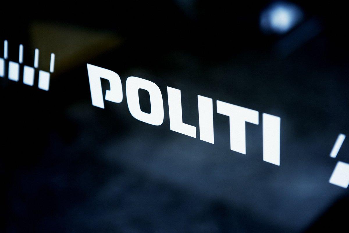 Politiet afblæser pulveralarm #politidk https://t.co/WnWJDVVCxe https://t.co/RhOxskVgy3