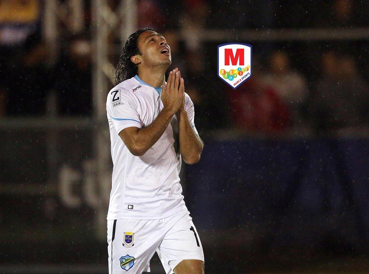 ¡MALAS NOTICIAS! Agustín Herrera estará de baja entre 10 y 15 días en el cuadro de Comunicaciones. El mexicano se lesionó en el partido contra Real España de Honduras. El goleador del torneo se perdería los partidos ante Guastatoya, Mixco y posiblemente ante Antigua.