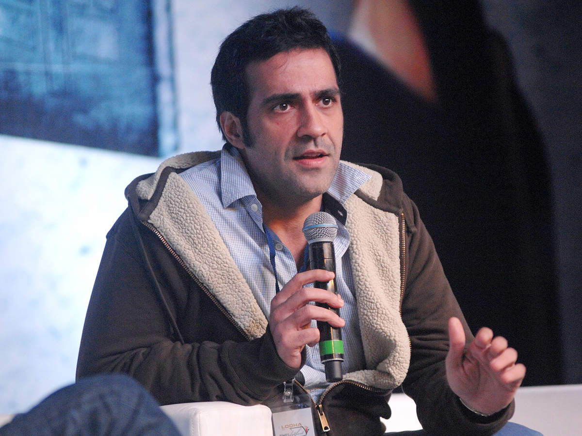 Top authors including Pamuk, Rushdie urge government to restore Aatish Taseer's OCI card   READ:  http:// toi.in/fCpvza38/a24gk     <br>http://pic.twitter.com/7QvTwieLj7
