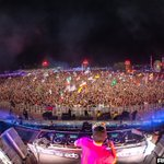 Image for the Tweet beginning: Photos of @afrojack at @EDC_Orlando
