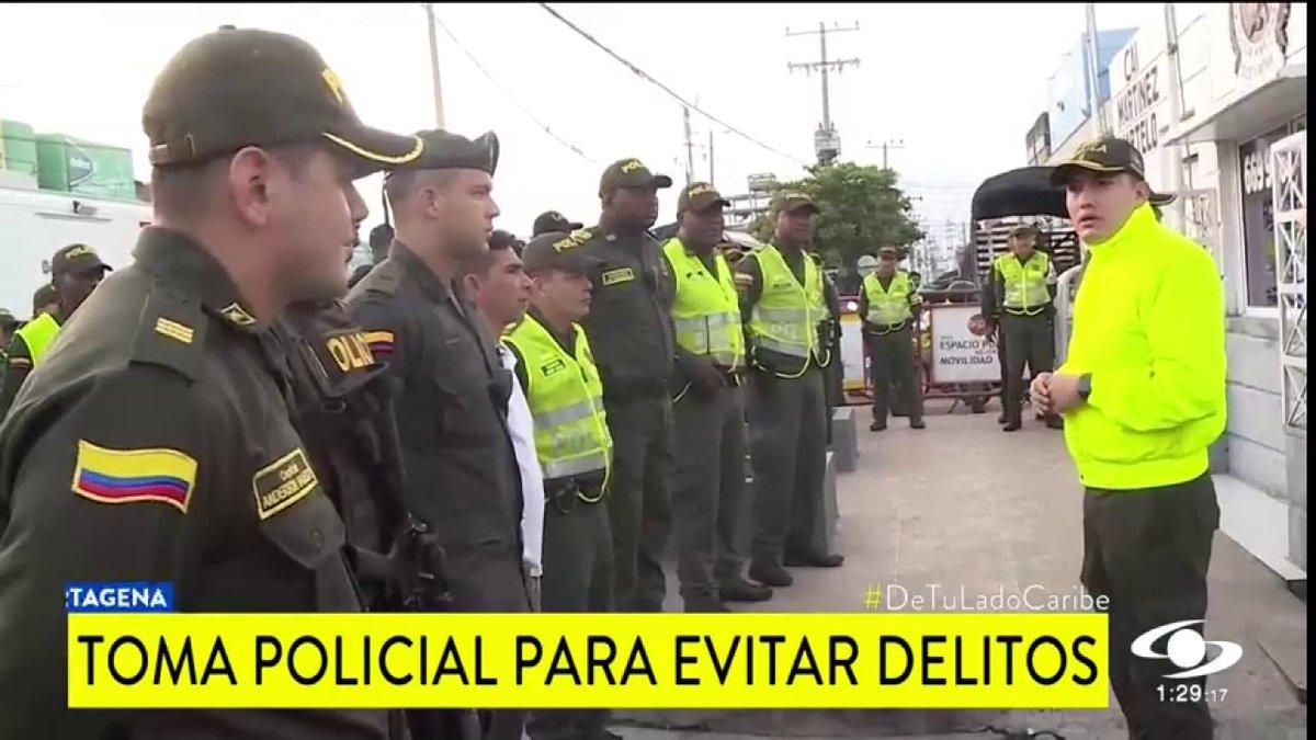 Policía se tomó Bazurto, en Cartagena, para contrarrestar la extorsión a comerciantes - http://bit.ly/2uQzKwL