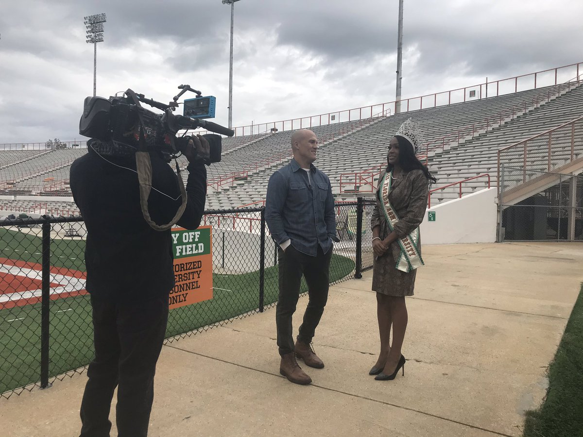 A very special thank you to @CNN and @HLNTV for the video shoot today showcasing our football program #FangsUp #FAMU #strikestrikestrikeagain #WeAreFAMU #FAMULY https://t.co/EmOqy96C0l