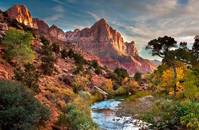 RT @Sebastian023456: Zion National Park Scenic Drives - Utah https://t.co/JKca751XGT