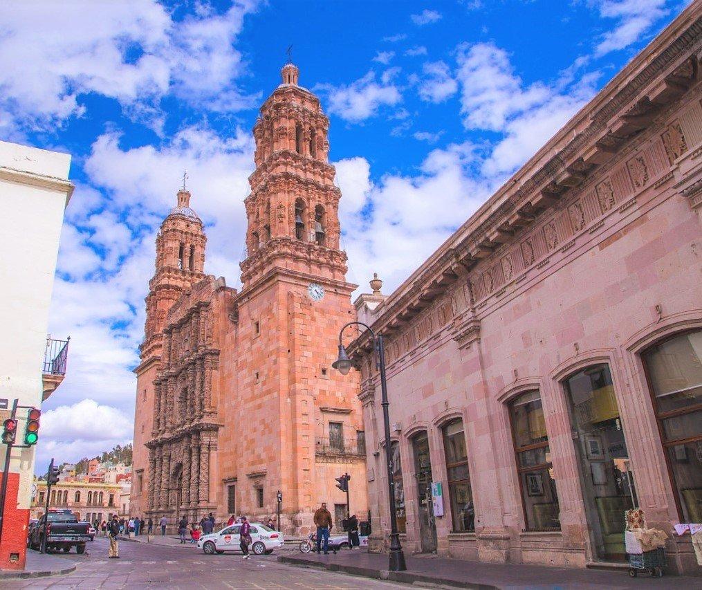 La cantera rosa distingue a la ciudad de Zacatecas.