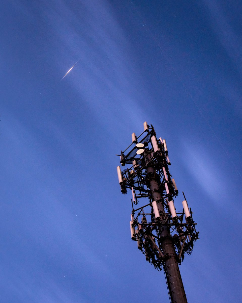 This is an iconic picture - a cellular tower that's part of a service to less than 15% of the planet, and a satellite that covers the remainder.  SV97 has been shining brightly for almost 20 years; while that will soon end, it's non-flaring brothers & sisters carry on! #flarewell