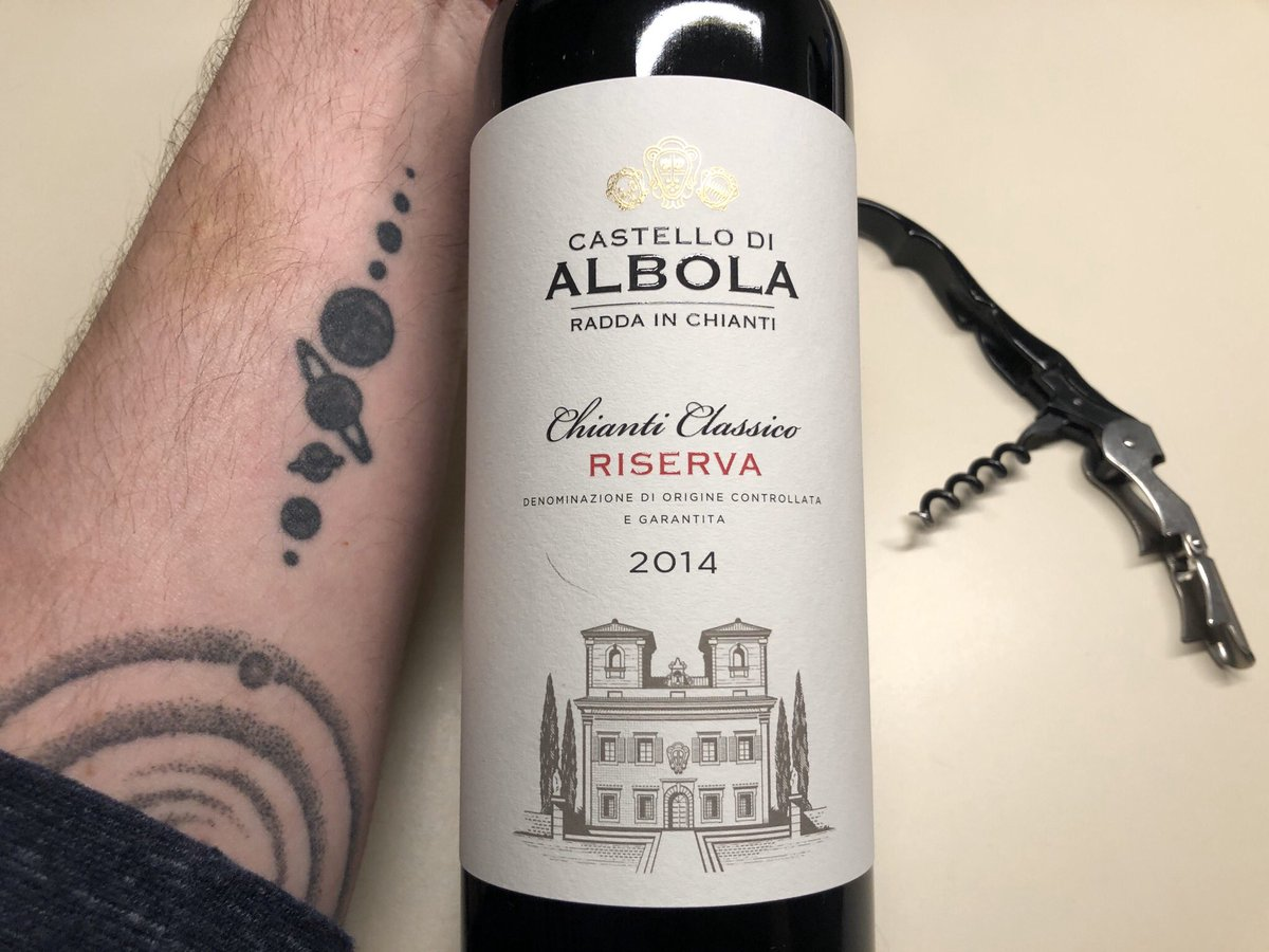 """""""Awesome. Well balanced, good fruit, good structure, and just good all around!"""" #Wine Review: Castello di Albola Chianti Classico Riserva 2014 https://t.co/dNqyH3rwgJ @JMiquelWine @winewankers @SocialVignerons @KellyMitchell https://t.co/tvIL0TUOGG"""